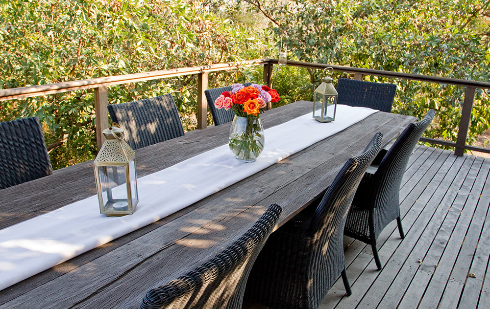 deck-table